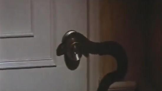 Snakes Opening Doors_000000